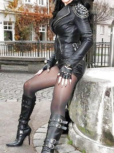 Maitresse cruelle, EXCLUSIVE sur Montélimar, rejoins-moi, CHIEN !
