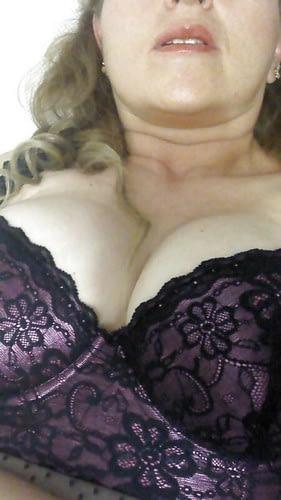 F mariée ici pour se toucher en webcam